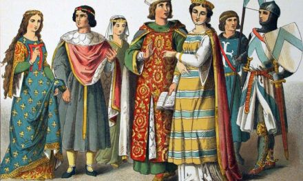 How Did People Make Fabric in the middle ages and How Did They Color It.