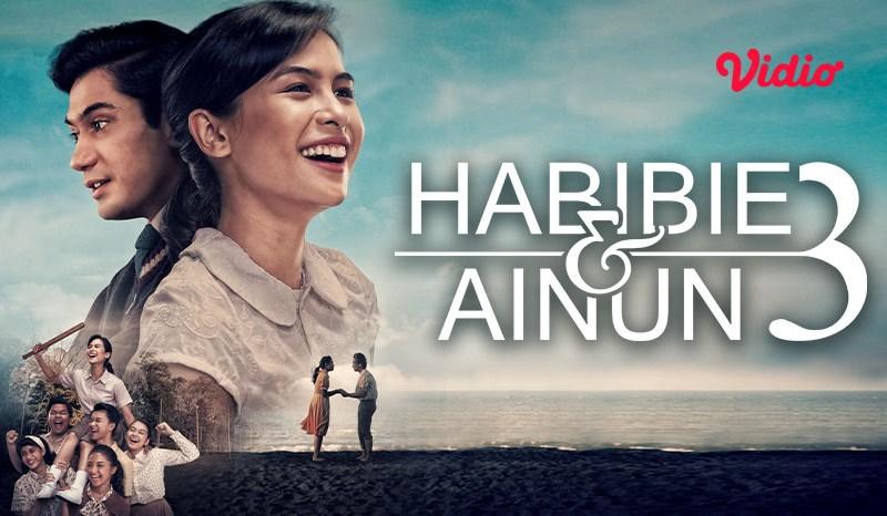 Review Film Habibie Ainun, Kisah Ainun yang Melawan Sterotype Wanita Berpendidikan