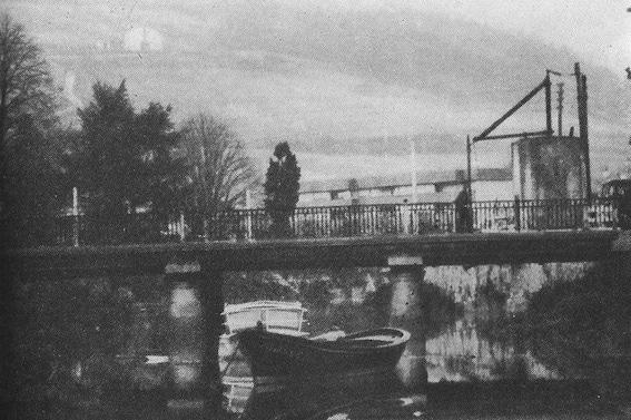 El puente de Renteria en las afueras de Gernika