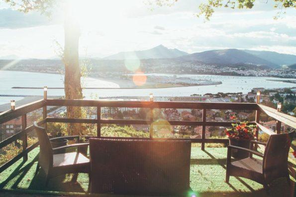 Una vista desde el  Hotel Higeralde de Hondarribia