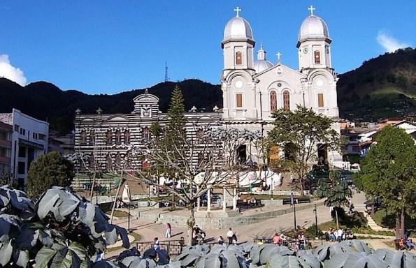 Plaza de Yamural (Antioquia-Colombia)
