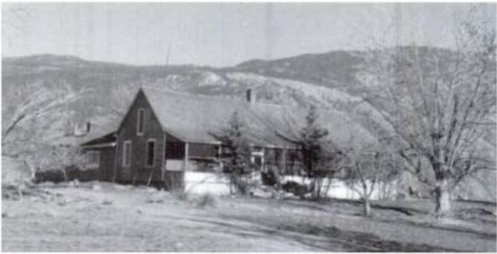 Basque Ranch en la British Columbia (fotografia de Golden Nuggets: Roadhouse Portraits Along the Cariboo's Gold Rush Trail By Branwen Christine Patenaude)