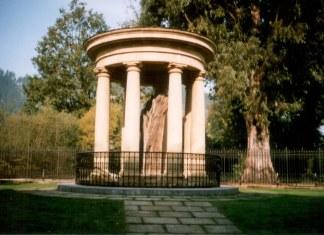 El Arbol de Gernika, uno de los simbolos de un País que Eliseo Reclus veís como condenado a desaparecer y convertirse sólo en un recuerdo