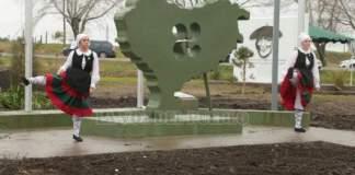 """inauguración de la """"plaza de los vascos"""" en Tres Arroyos (Argentina)"""