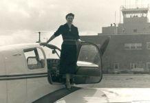 Foto de Margot Duhalde de 1953. Foto cortesía del Museo Nacional Aeronáutico y del Espacio de Chile.