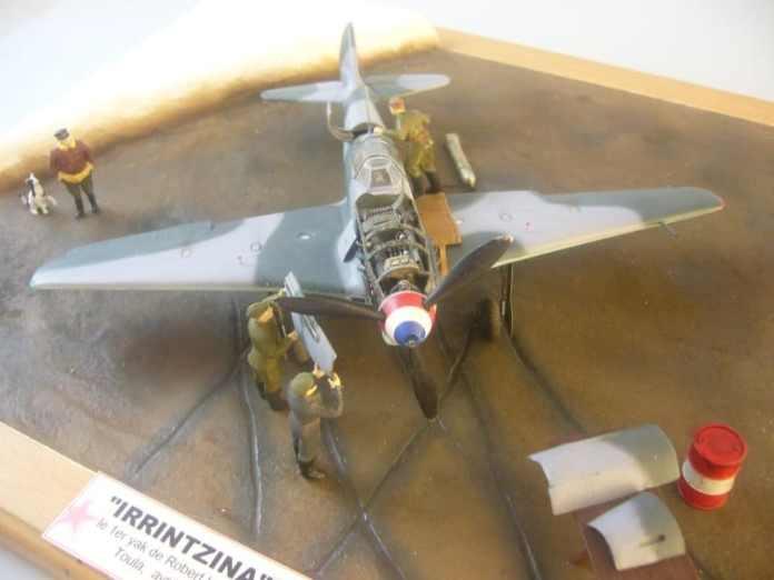 Maqueta del Yak-9 «Irrintzina» de Robert Uribarne