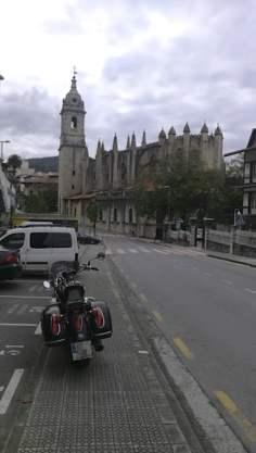 Iglesia de Lekeitio. Puntos de Vista. John R. Bopp por Bizkaia en moto
