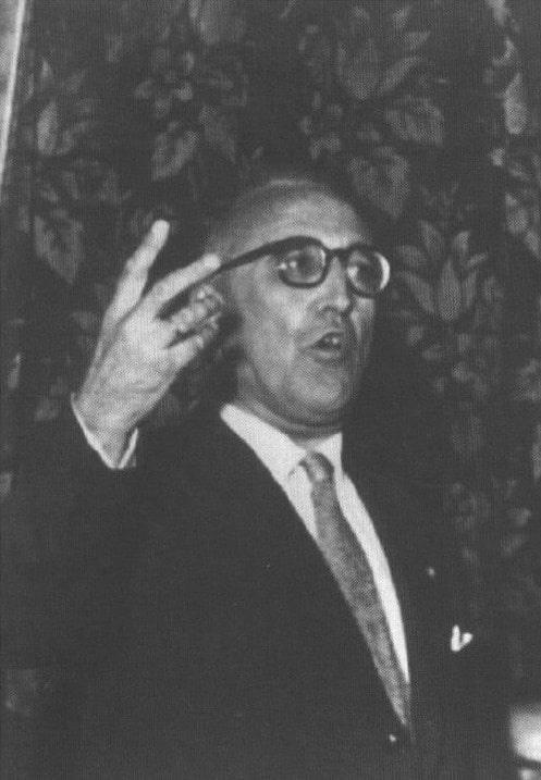 Vicente Amezaga Aresti