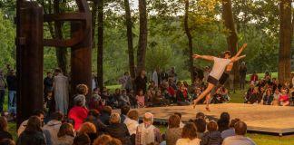 Summer Solstice dance performance by Kukai, May 2019. Photo: Alex Abril © Zabalaga Leku, San Sebastián, VEGAP (2021). Courtesy of the Estate of Eduardo Chillida.