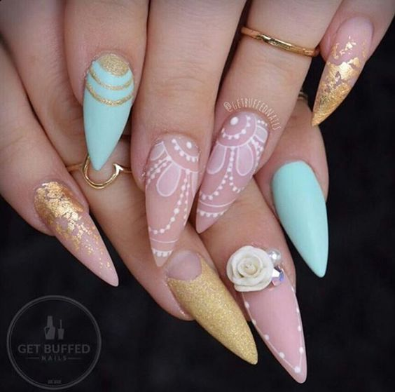 Must see: 8x dotted nail-arts
