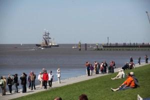 Die Bremerhavener lieben ihren Deich © Tourismus Bremerhaven