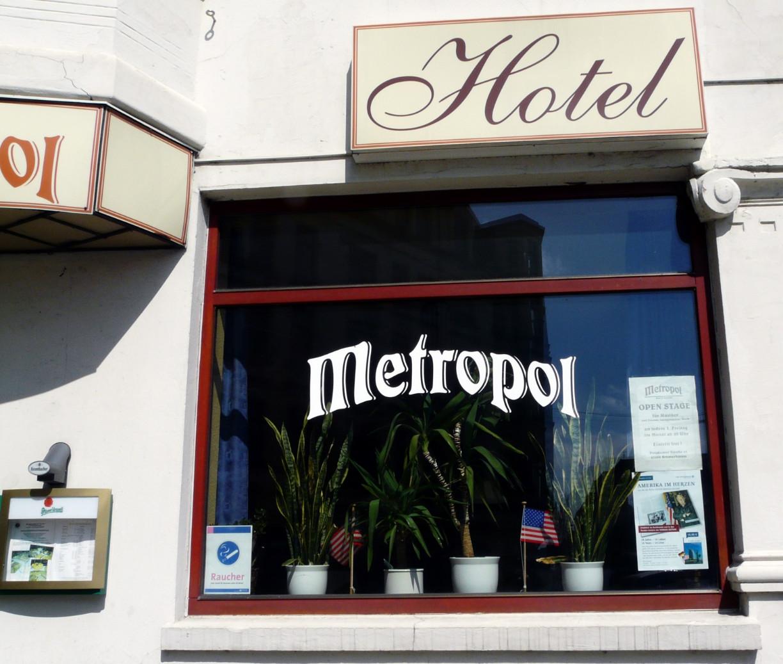 Bis heute Treffpunkt der Amerika-Freunde: Hotel Metropol. Foto: Dörte Behrmann