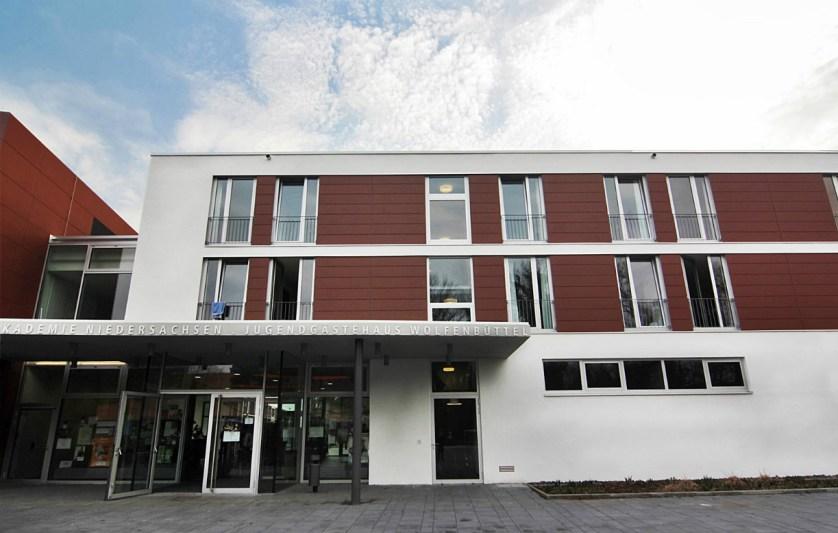 Das moderne Jugendgästehaus ist fünf Jahre alt und ist kombiniert mit der Landesmusikakademie Niedersachsen © JGH WF