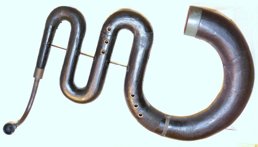 Musikinstrumentensammlung - ein französischer Serpent, © Klaus-Peter Brenner