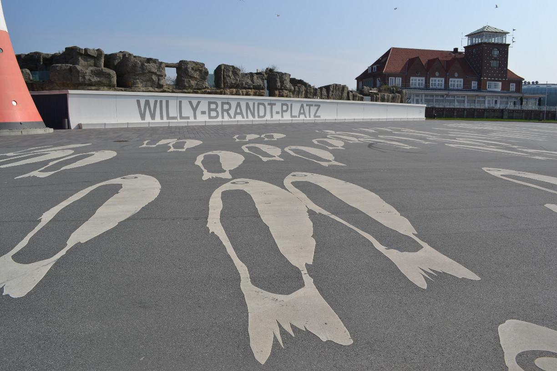 Ungewöhnliche Bodengestaltung auf dem Willy-Brandt-Plattz in Bremerhaven