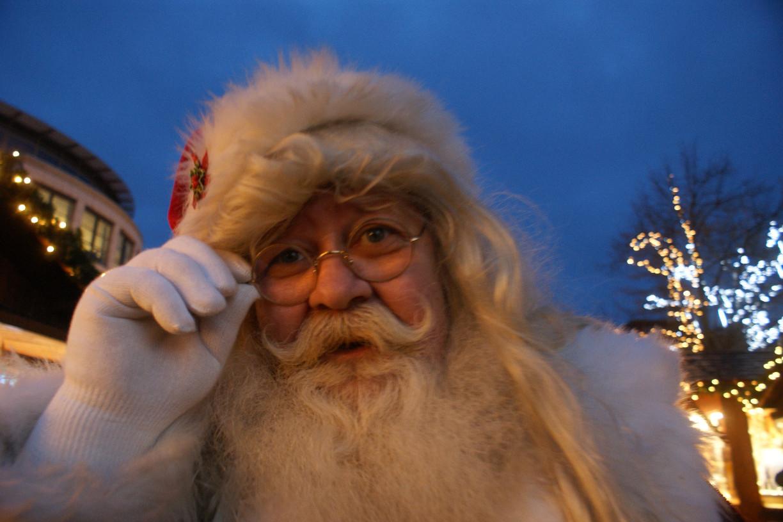 Weihnachtsmann auf dem Wilhelmshavener Weihnachtsmarkt