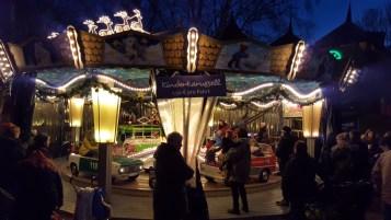 Karussel im Winter-Zoo