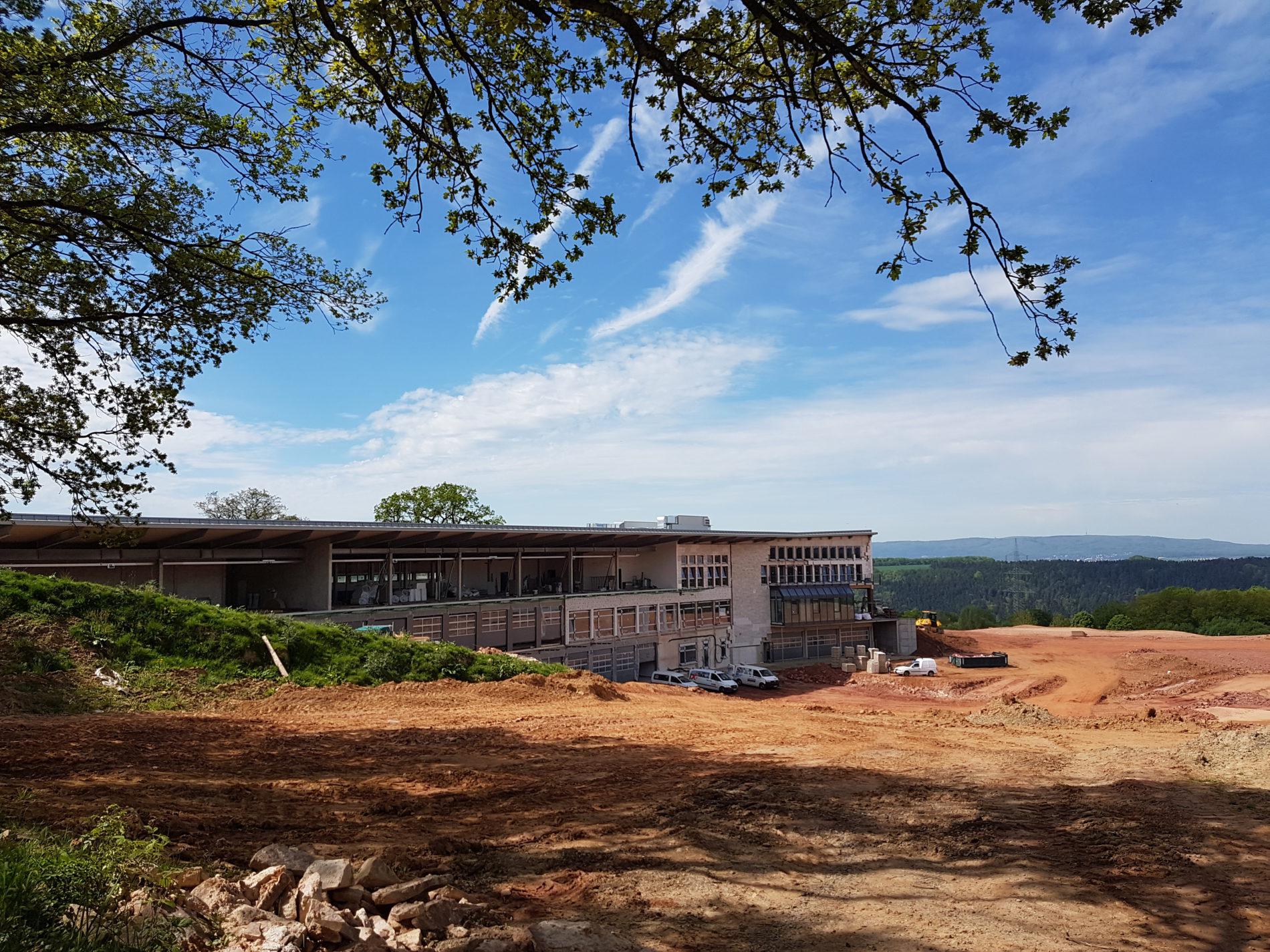 Heute noch Baustelle, bald schon Service Center, Driving Range und Restaurant (c) Giel