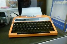 Fälschungssicher: Schreibmaschine!