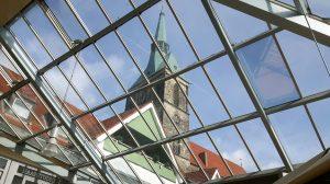 Der Turm der Andreaskirche - die Aussichtsplattform ist noch weit entfernt (c) Keno Hennecke