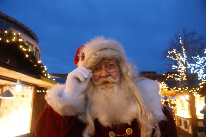 Bei den Weihnachtsmannsprechstunden kann man dem Weihnachtsmann persönlich seine Wünsche mitteilen.