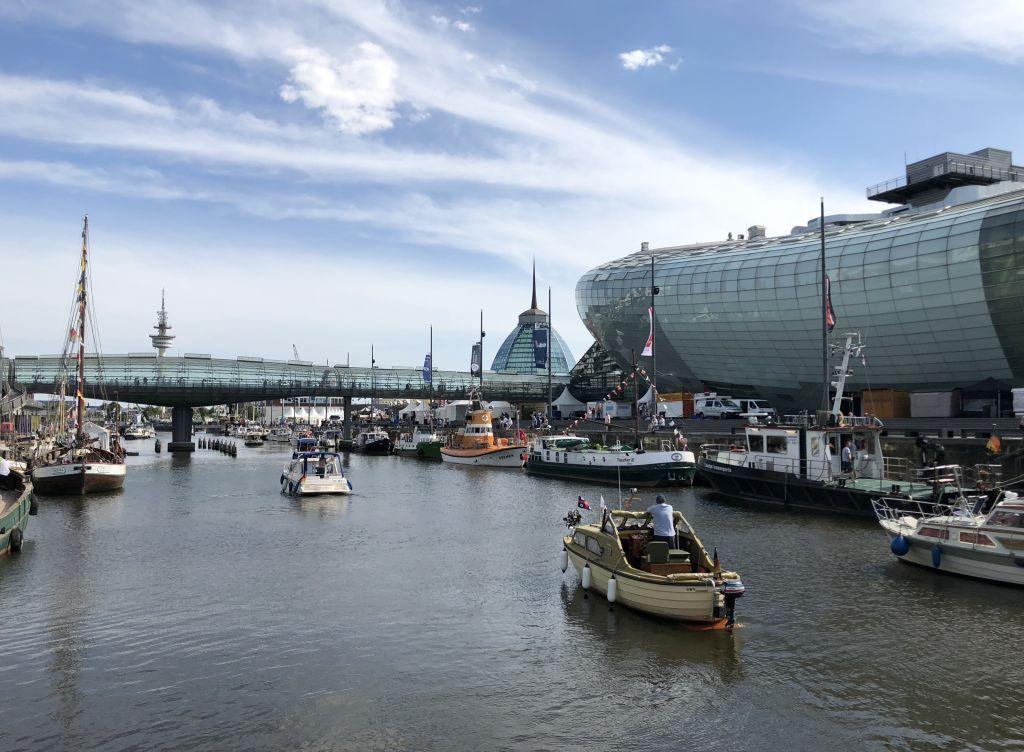 Einlaufen im Alten Hafen Bremerhaven (c) Mailin Knoke