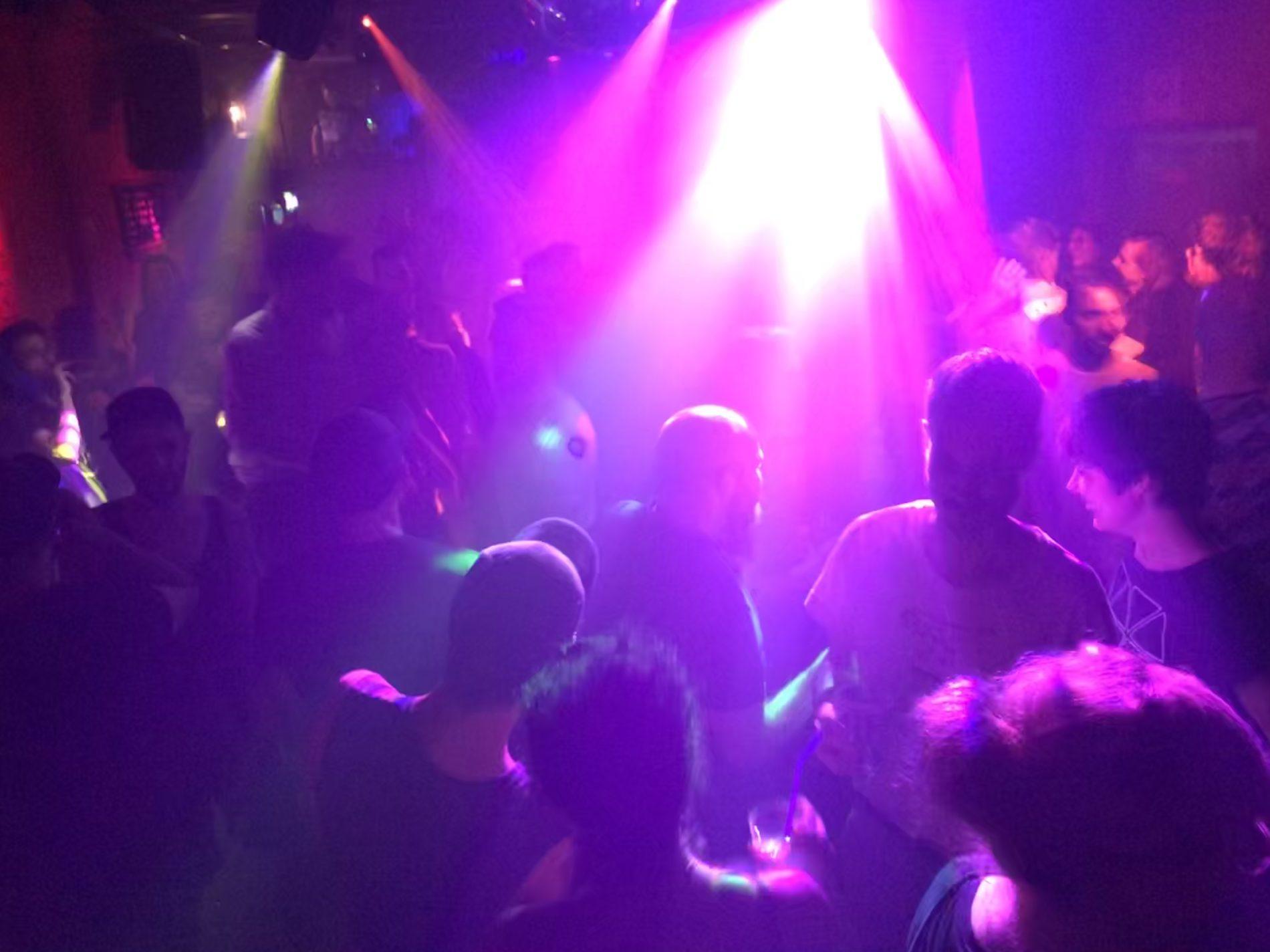 Tanzfläche in der Schwulen Sau Hannover