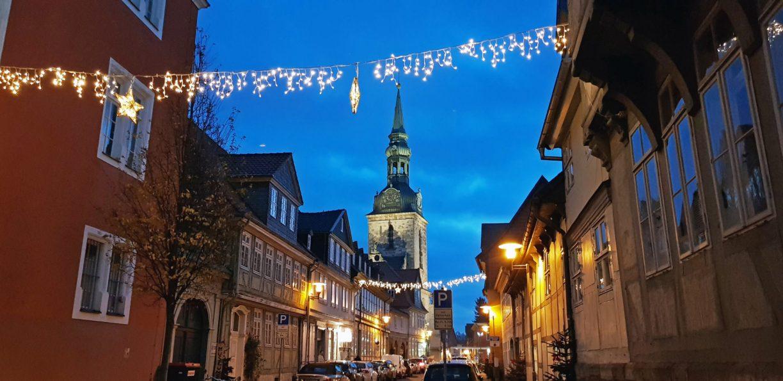 Hauptkirche Wolfenbüttel mit Weihnachtsbeleuchtung
