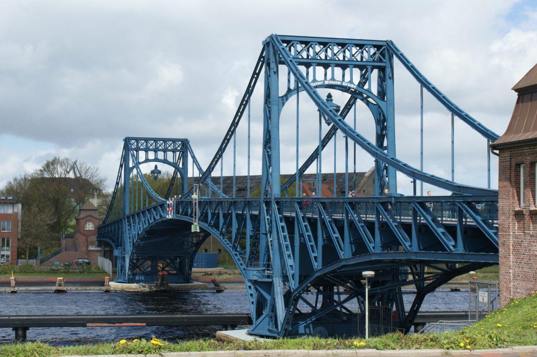 Kaiser-Wilhelm-Brücke - Das Wahrzeichen Wilhelmshavens