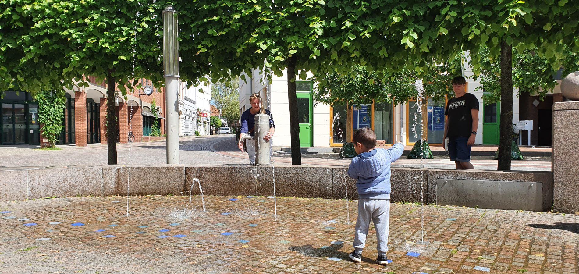 Verden - Wasserspiele - Wasserlauf Osterstorstraße