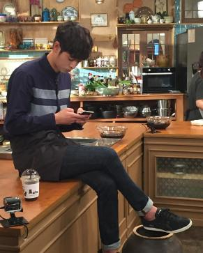 Jung Joon Young in break time at House Cook Master Baek