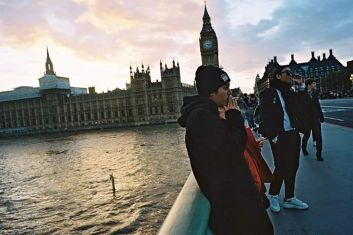 Jung Joon Young smoking in London in November 2016