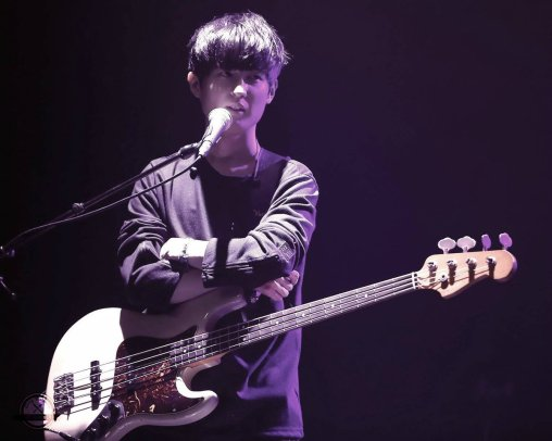 bassist Jung Seok Won at Jung joon Young solo concert in Seoul 20170225