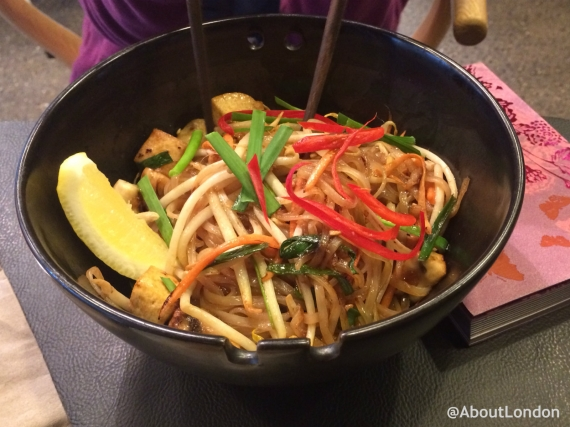 Pad Thai (stir-fried rice noodles with tofu)