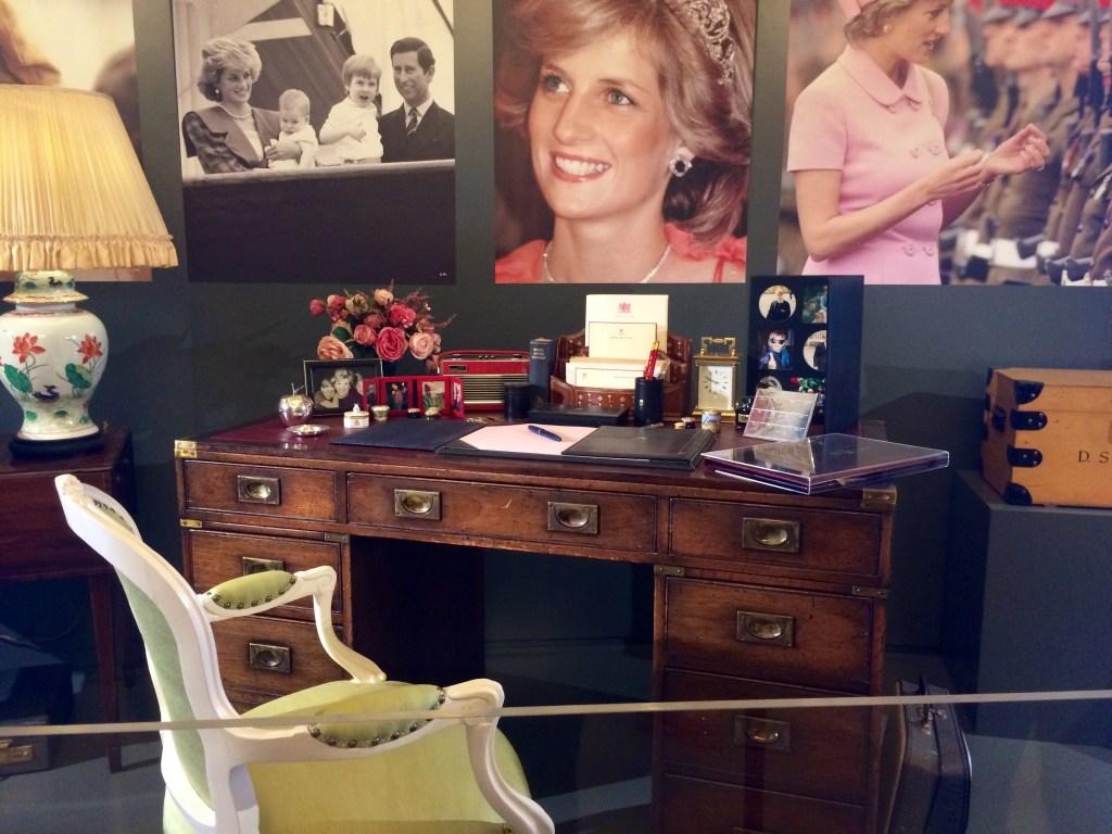 Royal Gifts at Buckingham Palace - Diana