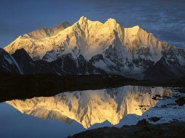 Mt Makalu
