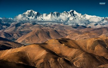 Cho Oyu seen from midland Tibet