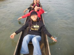 Canoing at Rapti river