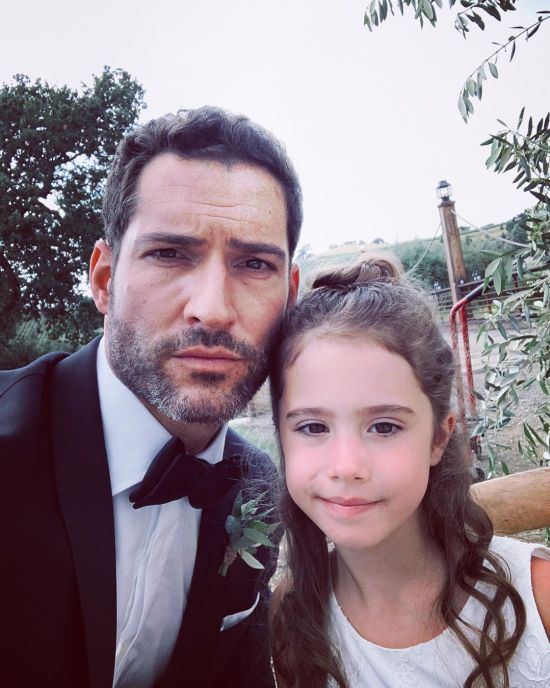 officialtomellis Tom Ellis June2019 (7).jpg