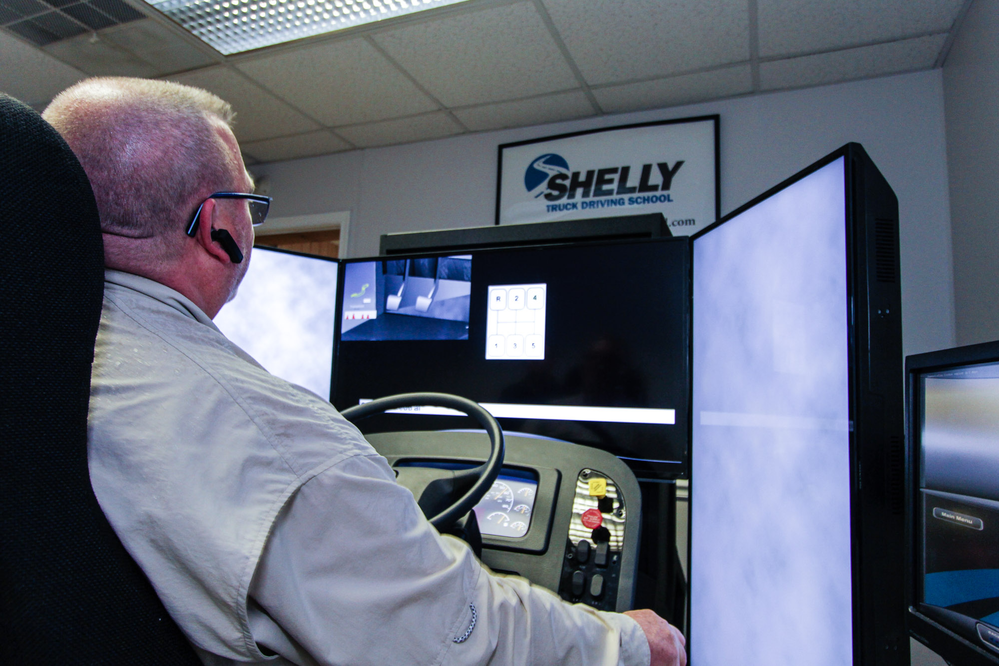 Producing A Confident Truck Driver With A Driving Simulator