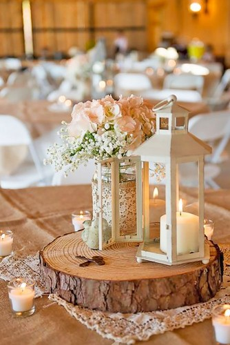 lantern-wedding-centerpiece-blackbird-photography-334x500