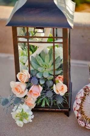 lantern-wedding-centerpiece-carly-daniel-photography-333x500