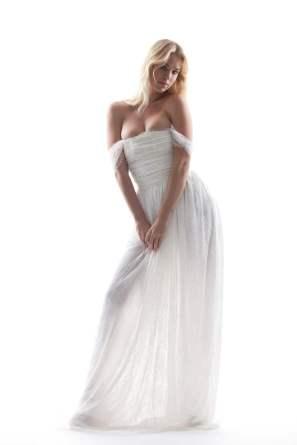 Photograph: Garen Barsegian Wedding dress by Houghton