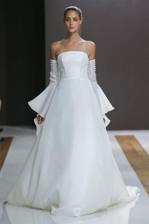 Courtesy of Mark Zunino Wedding dress by Mark Zunino