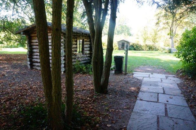 little-cabin