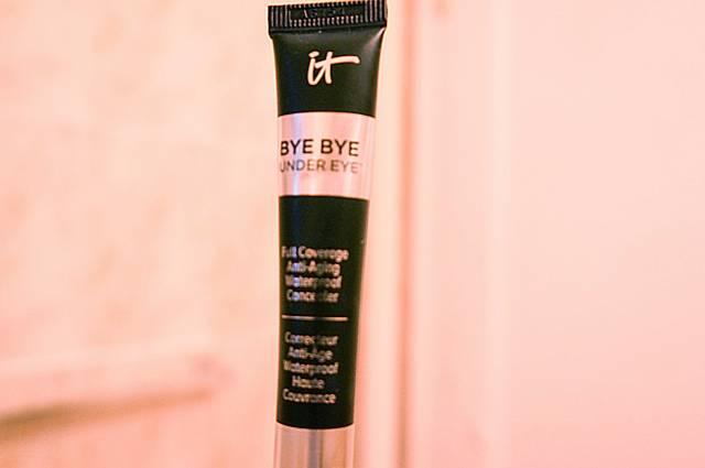 Bye Bye Undereye packaging