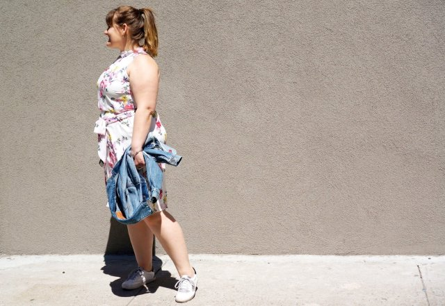 Flower-Dress-and-sneakers