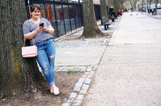 espadrilles---leaning-on-tree