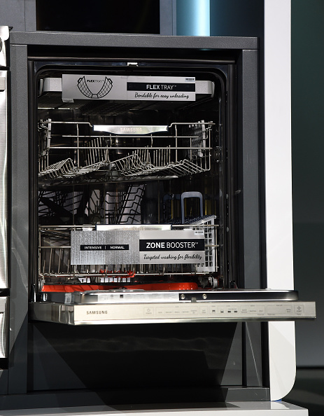 The dishwasher was invented by a woman named Josephine Cochrane (Photo: Ethan Miller/Getty Images)