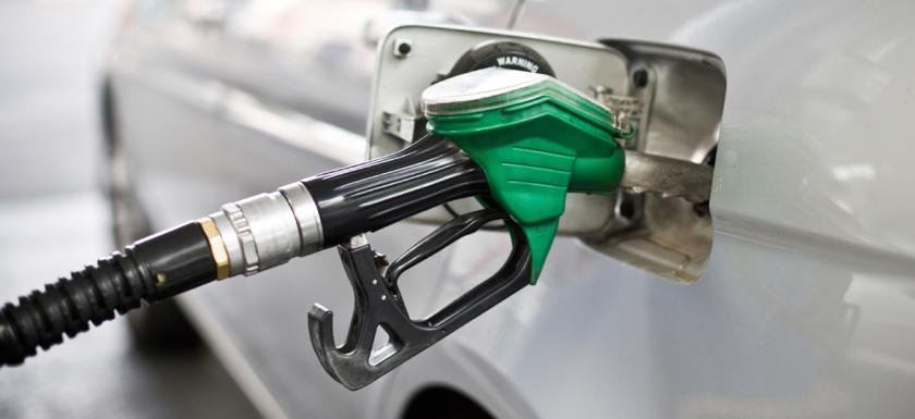 vehicles-cars-fueling
